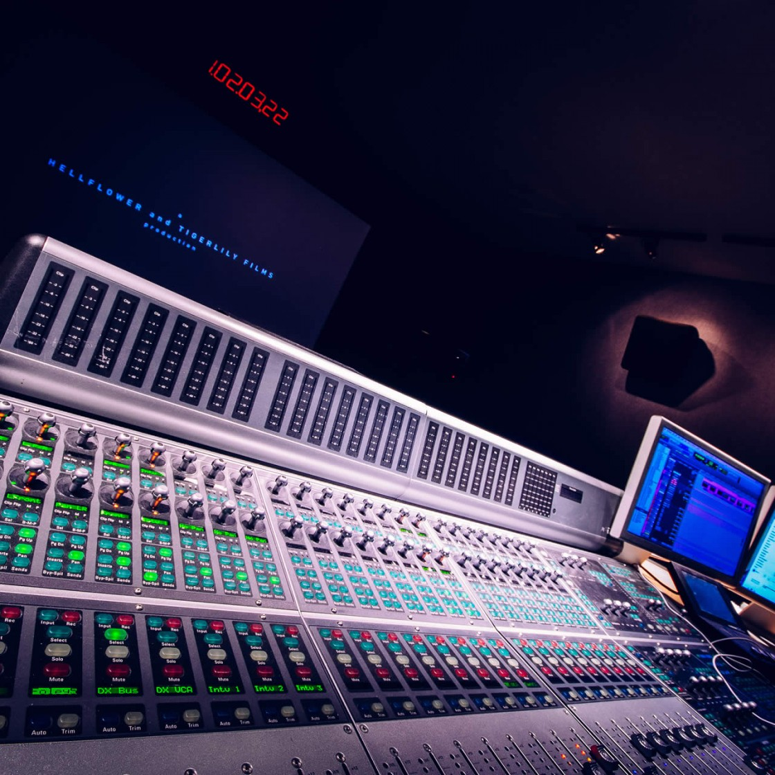 Studio_THREE-3